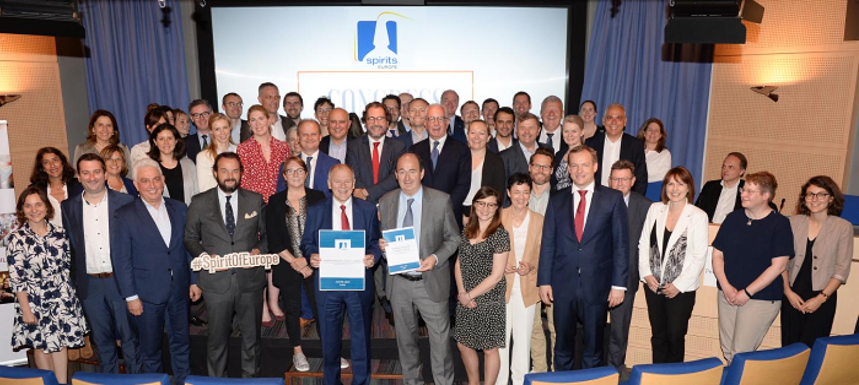 Evropski proizvajalci podpisali memorandum o navajanju energijske vrednosti žganih pijač