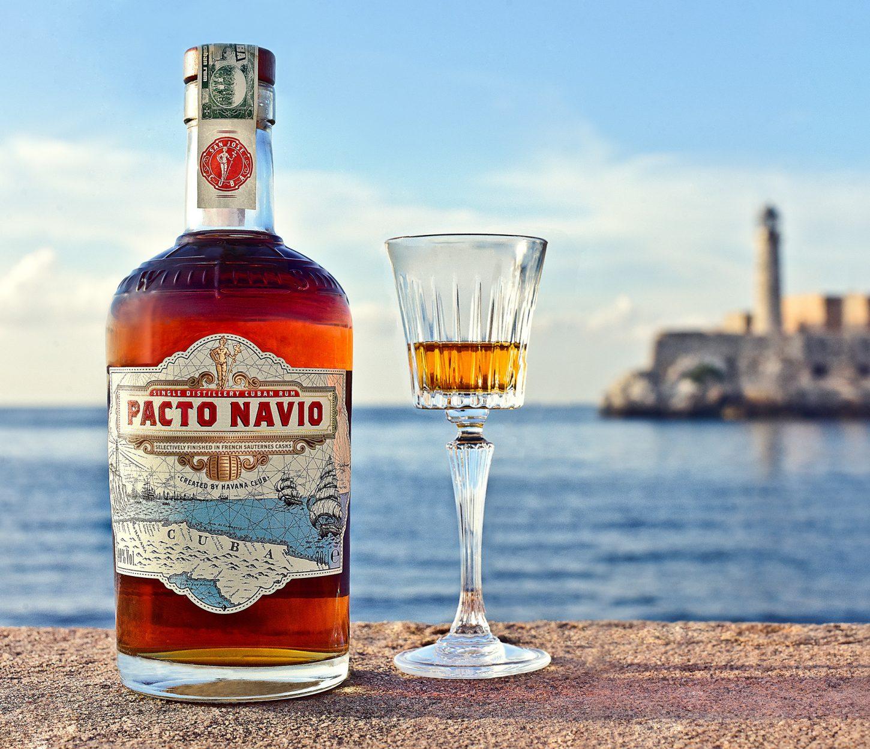 Pacto Navio - ko kubanski rum sreča vino